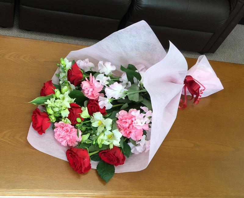 ピンクと白の花束 BQ-024